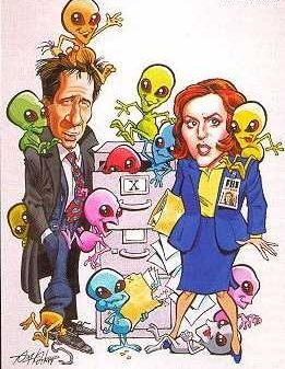 мужчина и женщина, двое людей и зелёные человечки
