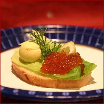 бутерброд с икрой, красная икра, бутерброд