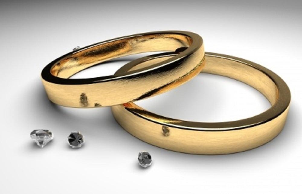 Всё это замечательно, но если молодожёнам повезёт, то они на протяжении всей своей жизни ещё несколько раз побывают женихами и невестами, потому что у одной свадьбы – огромное количество юбилеев.