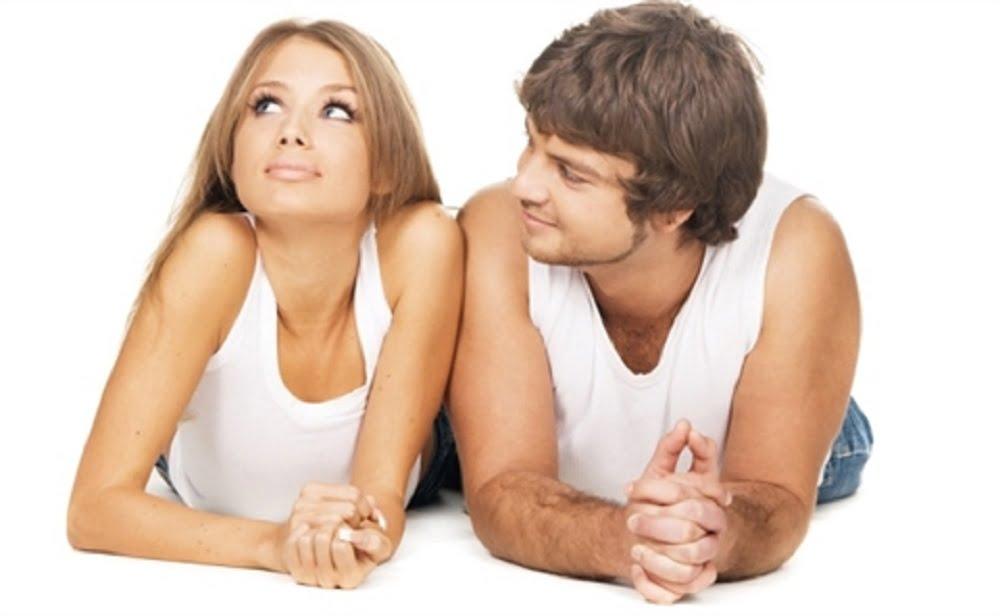Каждая встреча, из которой впоследствии получаются любовные отношения, не случайна. Оказывается, что наш выбор уже предопределён законом притяжения. Мы каждый день знакомимся с новыми людьми, встречаемся взглядом со случайными прохожими, но чувства у нас вызывают лишь немногие из них.